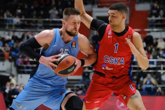 Mateusz Ponitka i Gabriel Lundberg / fot. Euroleague