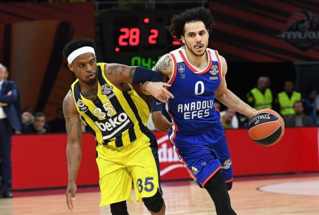 Bobby Dixon i Shane Larkin / fot. Euroleague